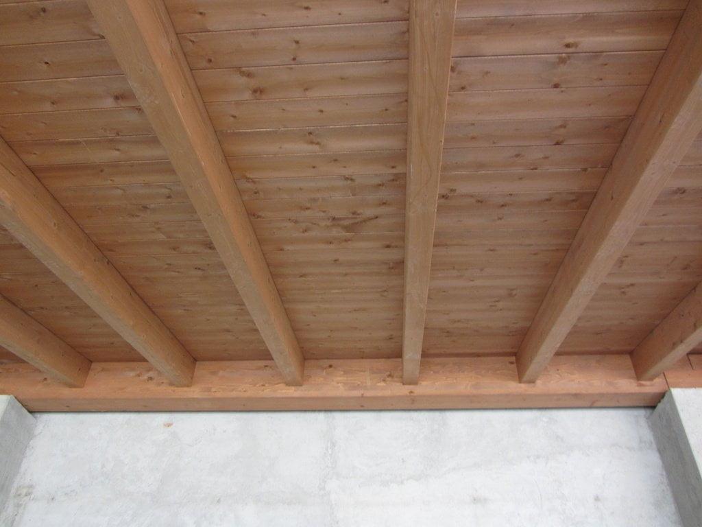 Fissaggio a muro con coda rondine novate milanese for Perline in legno per pareti prezzi