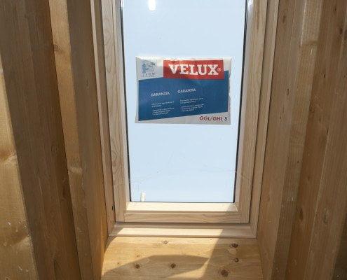 Tetti in legno bergamo milano lecco lombardia for Velux tetto in legno