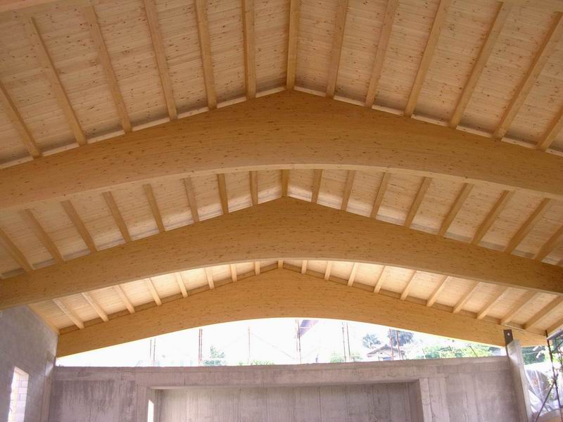 Tetti in legno bergamo milano lecco lombardia for Finestre velux lainate