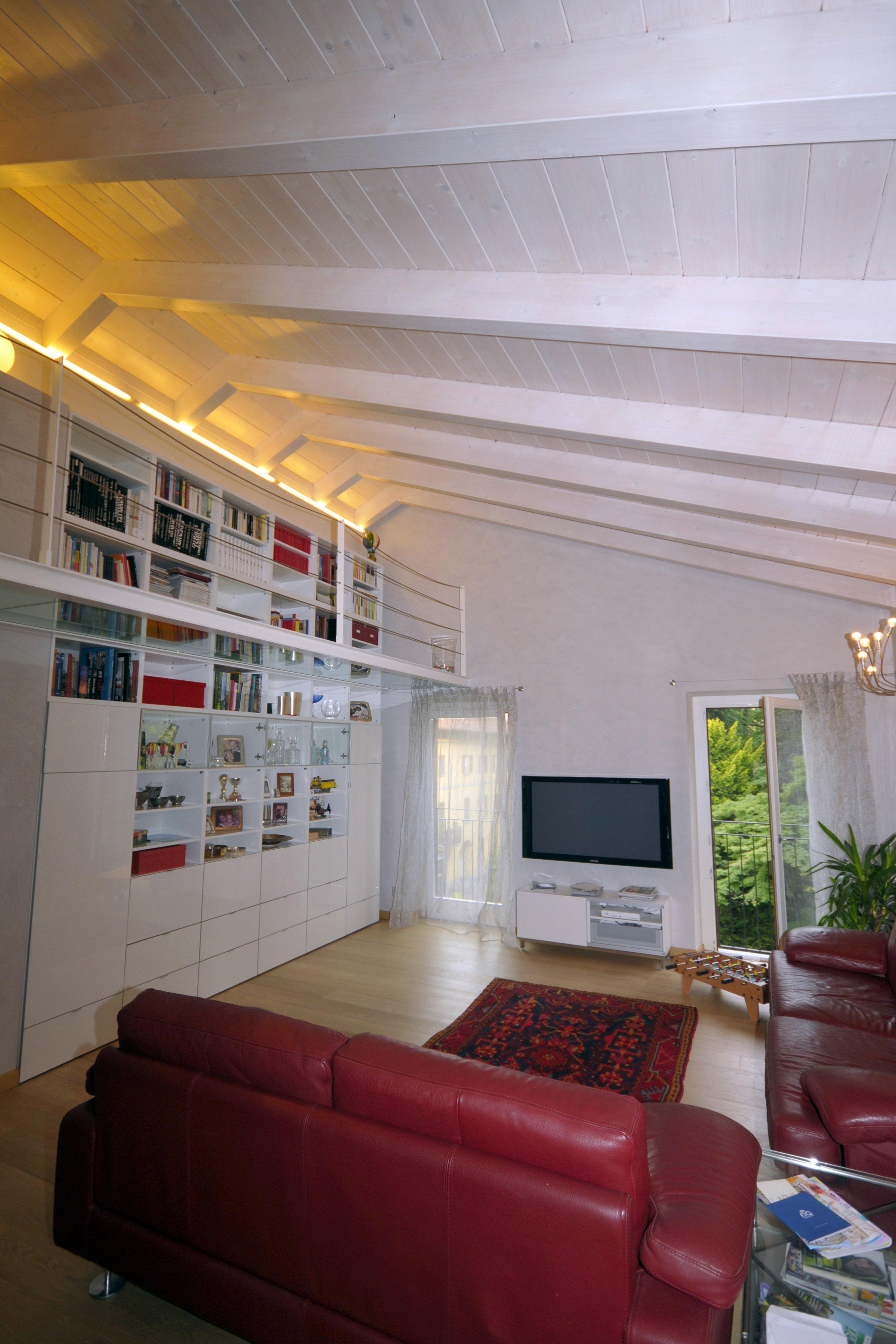 22 tetto in legno spazzolato impregnato bianco -lombardia - cereda