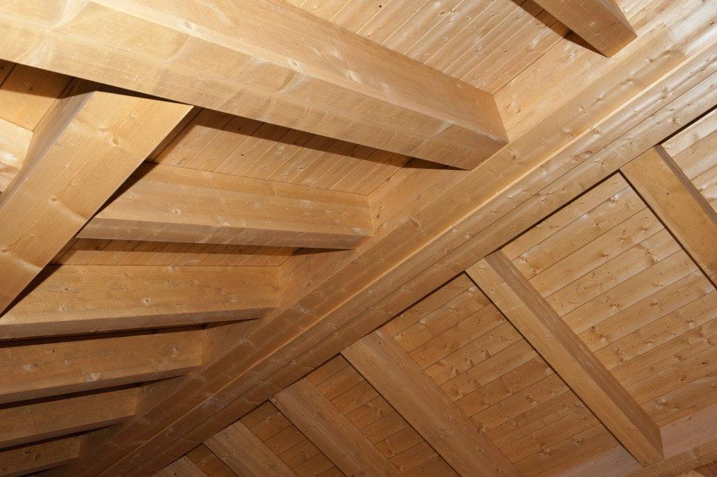 Tetti in legno bergamo milano lecco lombardia for Illuminazione sottotetto legno