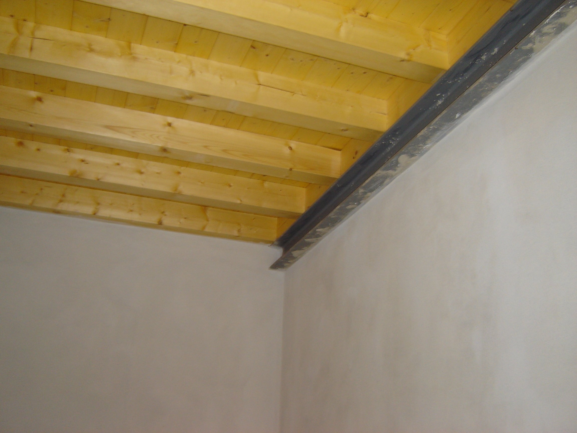 Soletta in legno lamellare milano e provincia cereda for Soppalco garage di stoccaggio fai da te