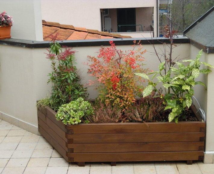 fioriera per esterno in legno