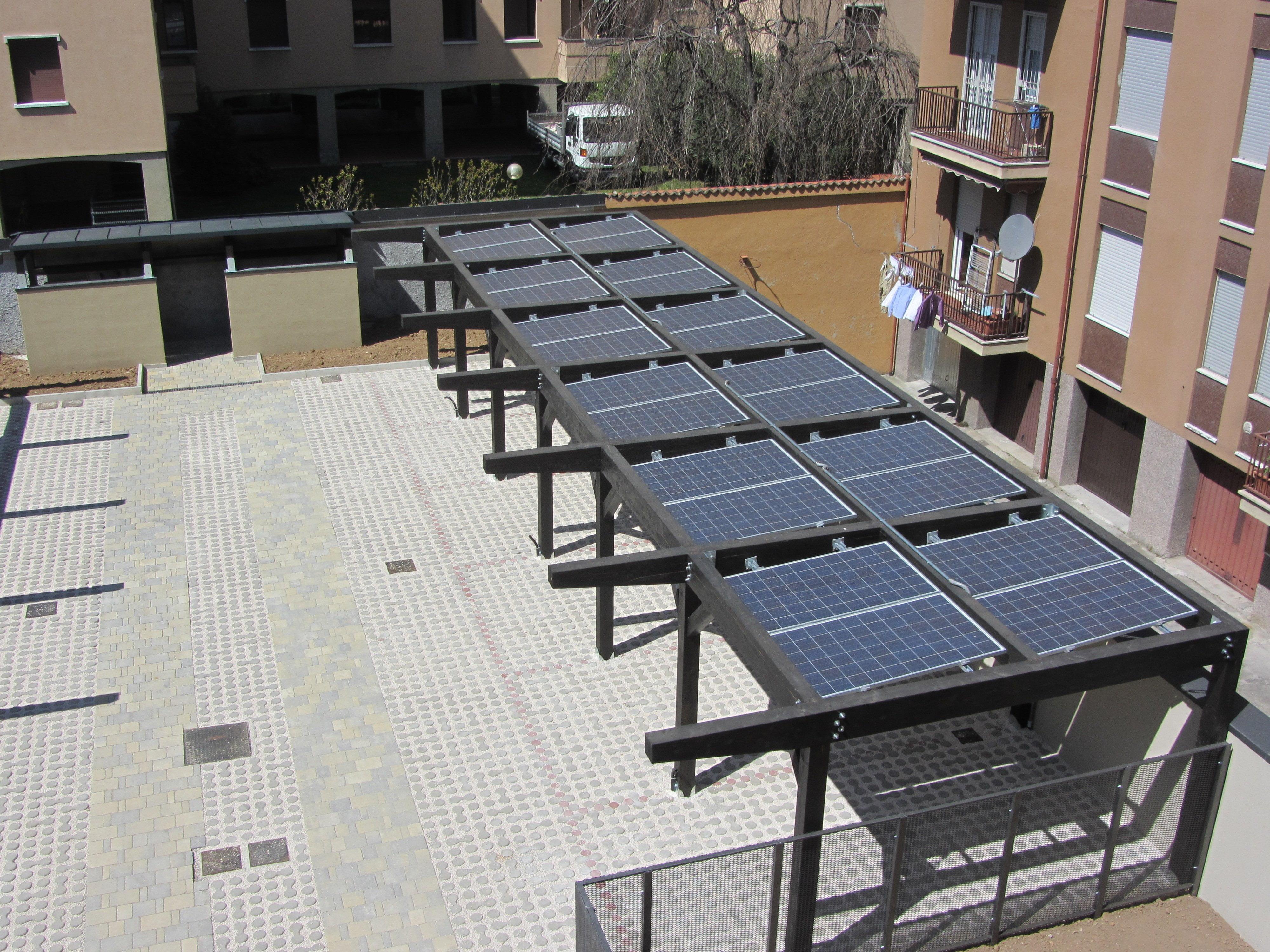 Installazione fotovoltaico su tetto in legno 3