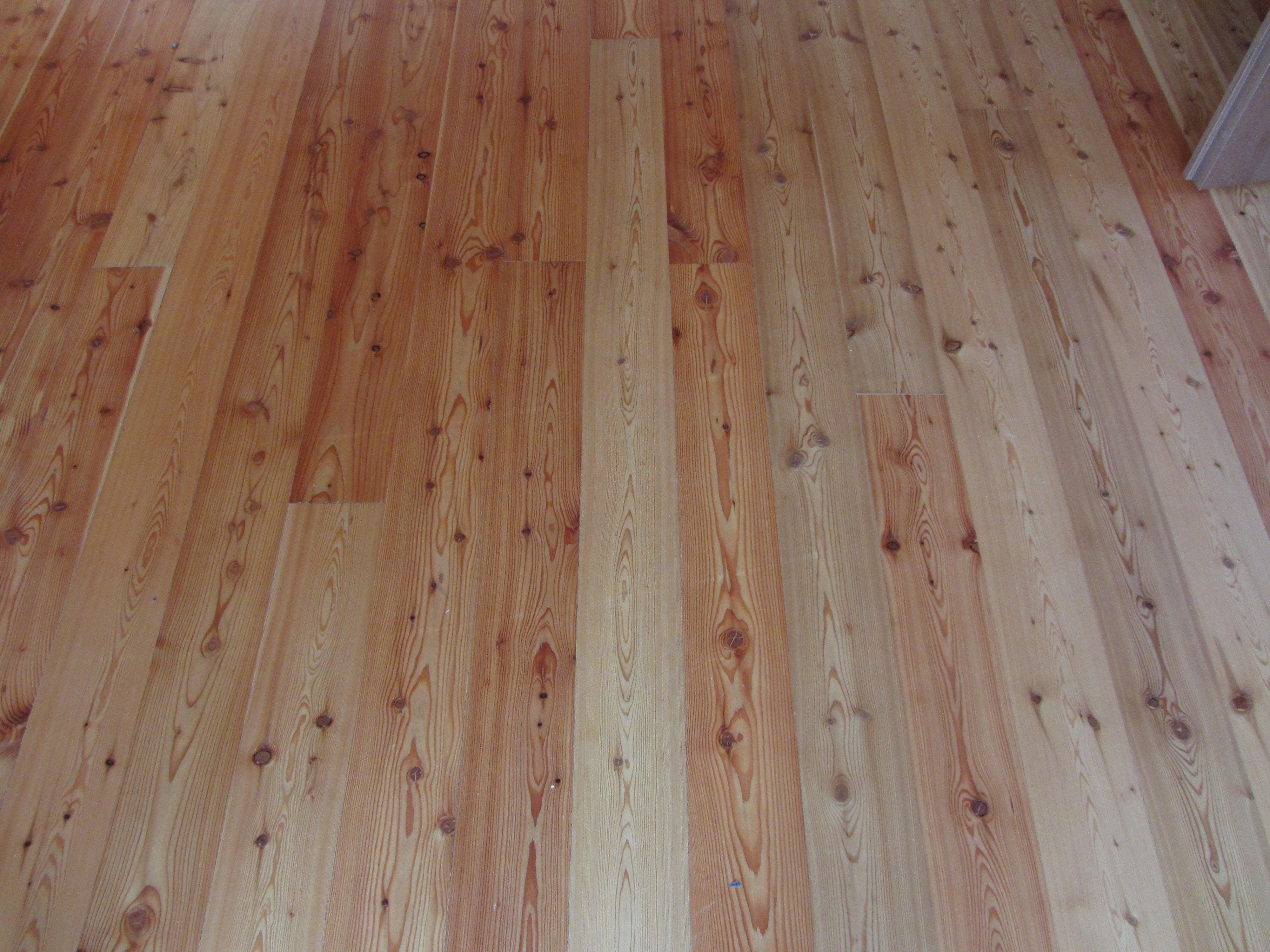 Perline in legno da pavimento e da rivestimento for Perline in legno per pareti prezzi
