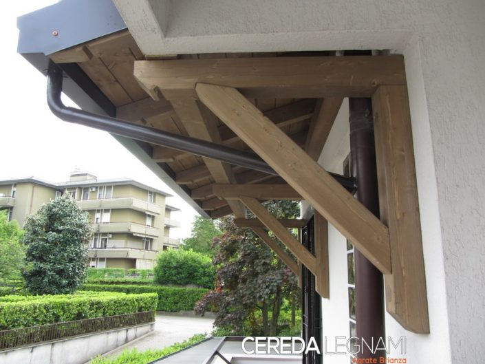 Realizzazione e posa in opera pensiline ed ingressi in legno - Milano, Como, Cremona, Lodi, Brianza