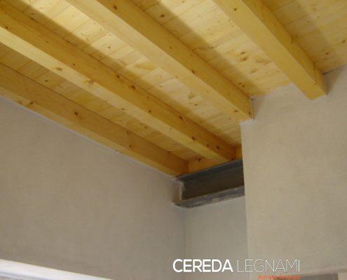 solaio in legno realizzato da Cereda Legnami in Brianza