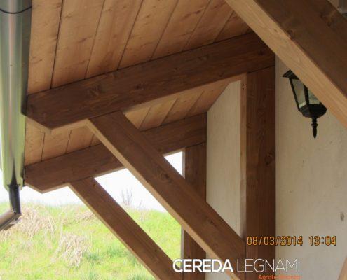 Realizzazione e posa in opera pensiline ed ingressi in legno - Cereda Legnami Agrate Brianza