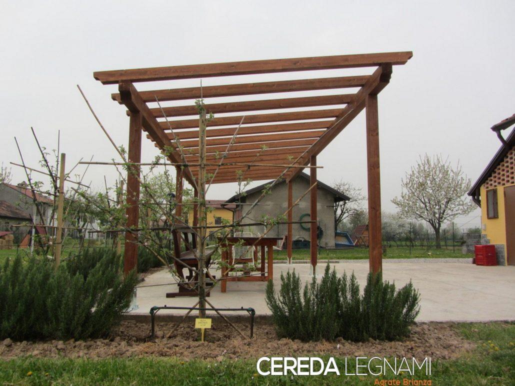 Pergole e pergolati in legno cereda legnami agrate brianza - Tettoie in legno per esterno ...