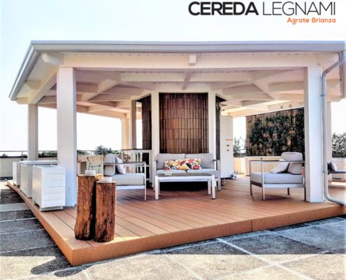 veranda moderna design in legno lamellare bianco