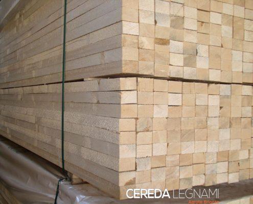 liste e listoni in legno per allestimenti