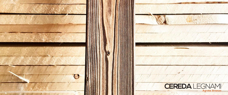 immagine di perline in legno spazzolate e tagliate su misura