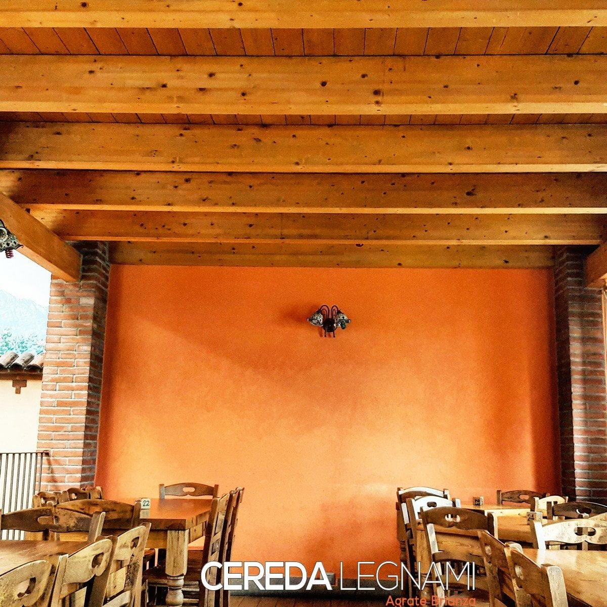 Esempio di solaio in legno a Varese