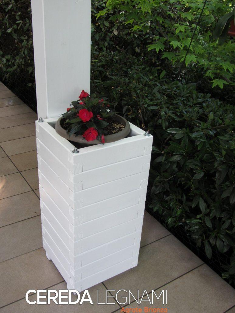 Vasi in legno per esterno colore bianco